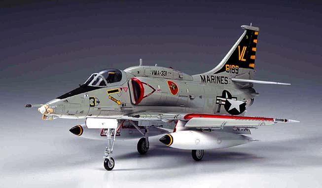 ハセガワ特選プラモデル A-4M <b>スカイホーク</b>